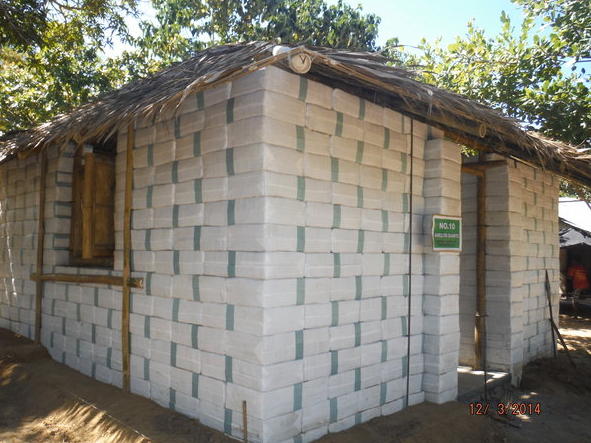 Pillapeens Earthbag House